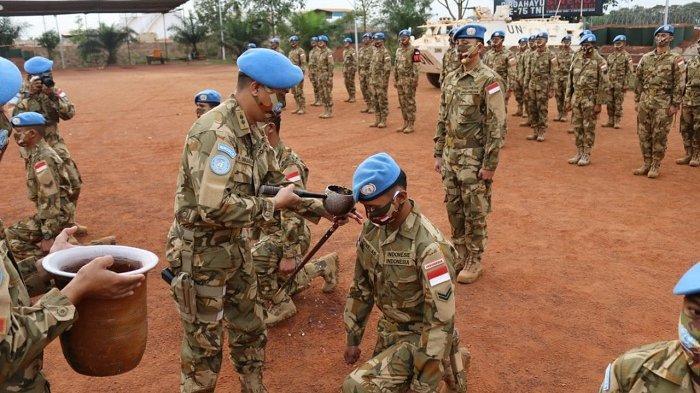 15 Anggota TNI yang Tergabung Dalam Pasukan Perdamaian Naik Pangkat di Afrika Tengah