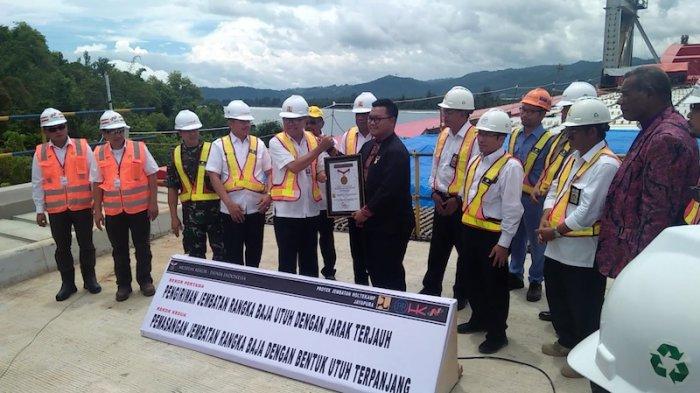 Proyek Jembatan Holtekamp Raih Dua Rekor Dunia Muri