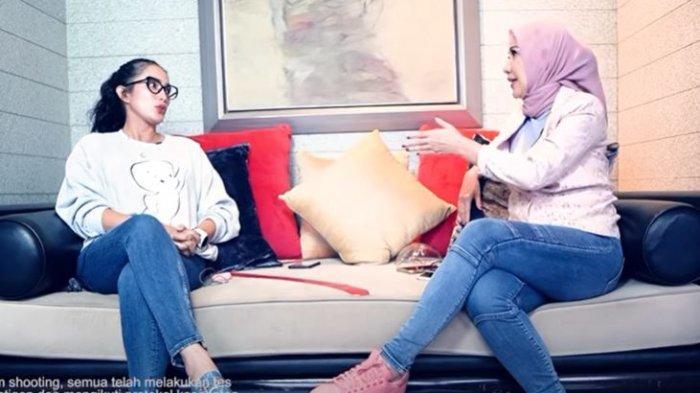 Ussy Sulistiawaty dalam kanal YouTube Venna Melinda