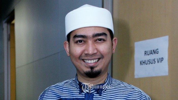 Ustad Solmed saat ditemui pada acara konferensi pers Program Ramadhan SCTV di Gedung SCTV Tower, Senayan, Jakarta Pusat, Selasa (17/5/2016). Tribunnews/Jeprima