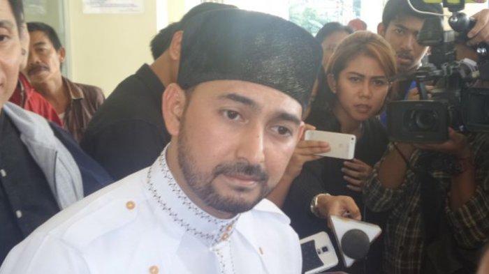 Ustaz Al Habsyi Resmi Bercerai dengan Putri Aisyah