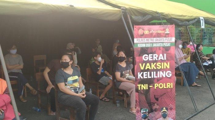 Gelar Gerai Vaksin Keliling, TNI-Polri Targetkan 20.000 Warga Duri Pulo Menerima Vaksinasi