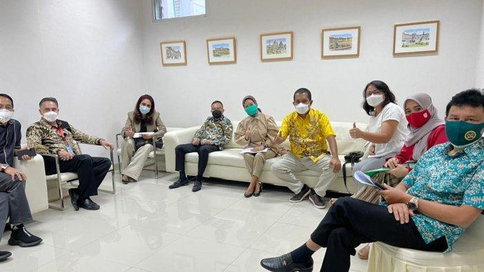 Rombongan Anggota DPR Disuntik Vaksin Nusantaraoleh Terawan