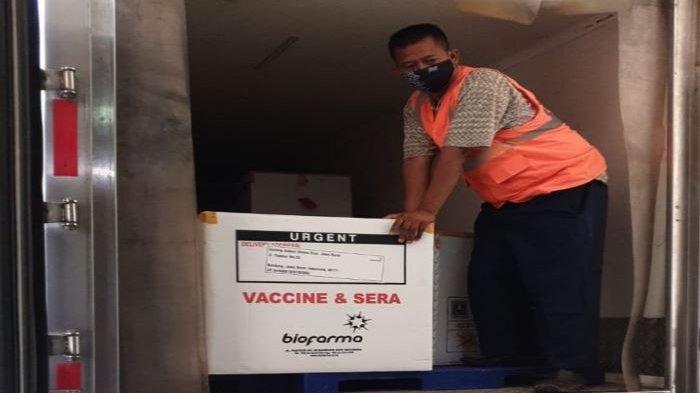 Pagi Ini 10 Pejabat Publik Kota Depok Kembali Disuntik Vaksin Covid-19 Tahap 2 di RSUI