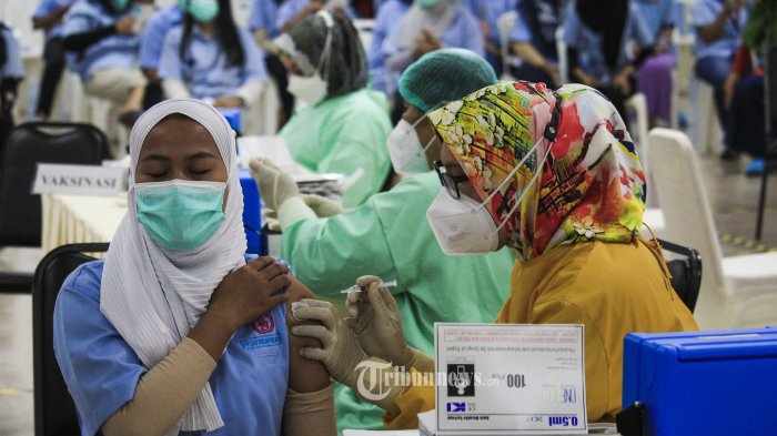 Menkes: Kejar Target 1 Juta Vaksinasi per Hari, TNI dan Polri Dilibatkan