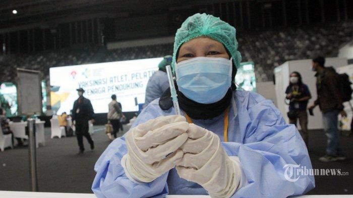 Vaksinasi Keluarga Anggota DPR Dipersoalkan, Sekjen DPR: Prinsipnya Semua Warga Negara Akan Divaksin