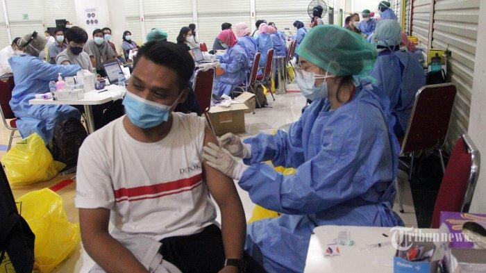 Jubir Wapres Minta Publik Paham Vaksinasi Saat Ramadan Tak Akan Batalkan Puasa