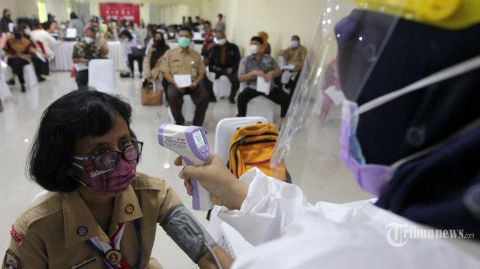 Pembukaan Sekolah Dilakukan Secara Bertahap Pasca Vaksinasi Guru, Maksimal 50 Persen Siswa