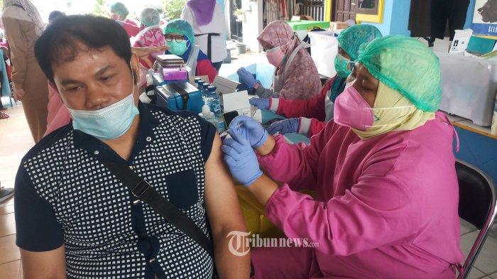Jokowi Soroti 9 Wilayah Ini Karena Jumlah Vaksinasi Covid-19 yang Masih Rendah