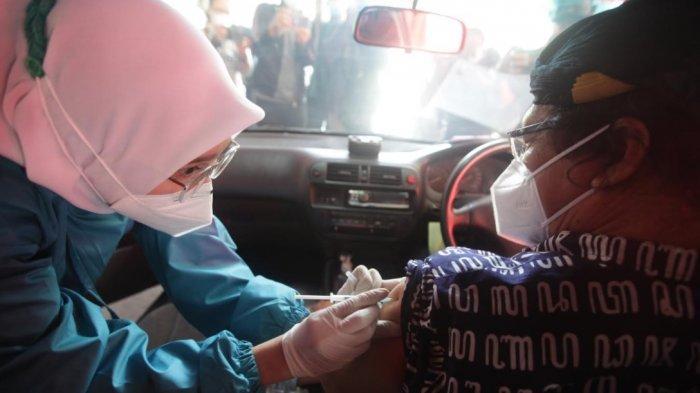 Gandeng Pemkot Bogor, Gojek dan Halodoc Sediakan Layanan Vaksinasi Drive Thru untuk Lansia