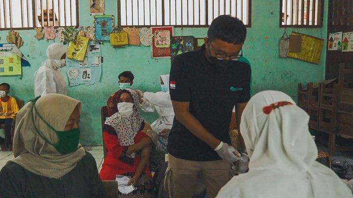 Selain Vaksinasi, Edukasi Pentingnya Vaksin Juga Penting Disosialisasikan ke Warga