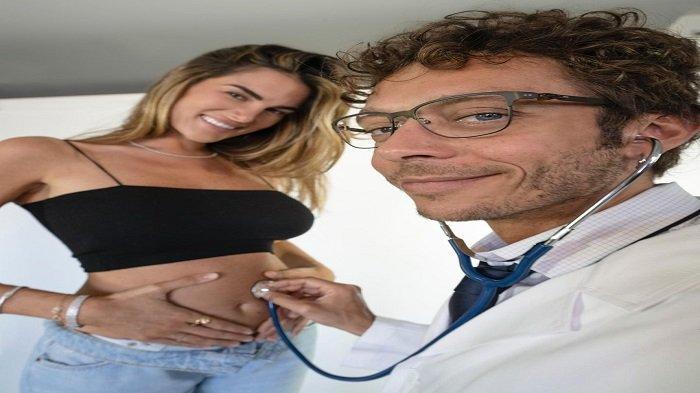 Valentino Rossi Akan Punya Anak Perempuan, The Doctor Senang & Tidak Ingin Anaknya jadi Pembalap