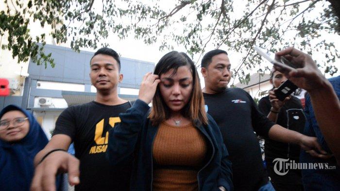 Deretan Pernyataan Polisi Soal Kasus Prostitusi Artis, Bantah Rekayasa hingga Barang Bukti Kondom