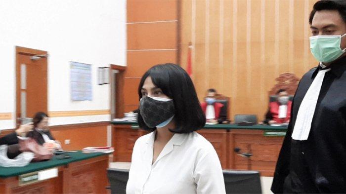 Vanessa Angel Mengaku Beli 15 Pil Xanax di Salah Satu Apotek Kota Surabaya