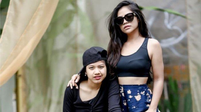 Vebrie Verona gaet artis TikTok Dhea Siregar sebagai model video klip singlenya berjudul