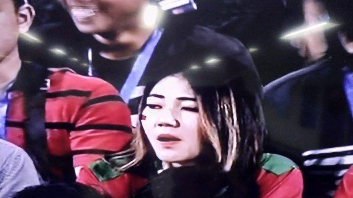 Heboh Diberitakan Pingsan Saat Tampil di Demak, Via Vallen Tiba-tiba Muncul di Final Piala AFF U16
