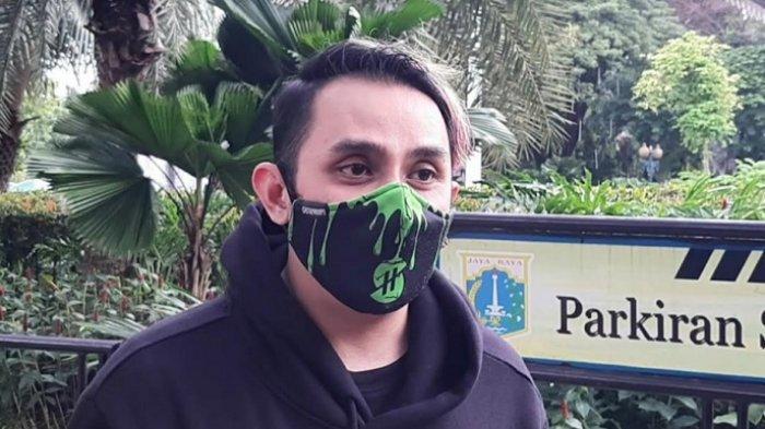 Vicky Nitinegoro ditemui di Balaikota DKI Jakarta, Jalan Medan Merdeka Selatan, Gambir, Jakarta Pusat, Kamis (26/11/2020).