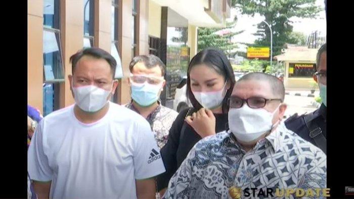 Meski Sudah Maafkan Angel Lelga, Vicky Prasetyo Ingin Hukum Tetap Berjalan