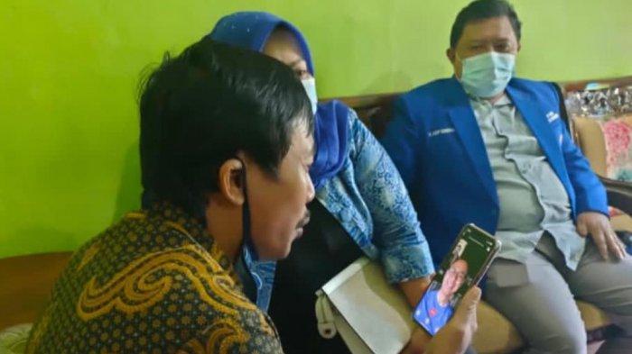 Lewat Video Call Eddy Soeparno Sampaikan Dukungan untuk Guru Eko