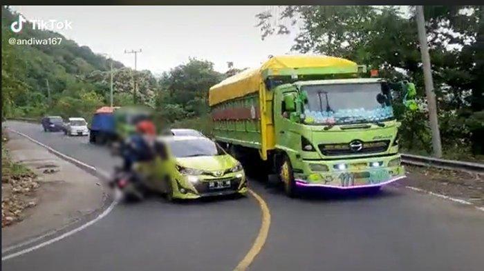 Belajar dari Video Tabrakan Mobil vs Motor di Jalan Menikung, Kenali Arti Setiap Bentuk Marka Jalan