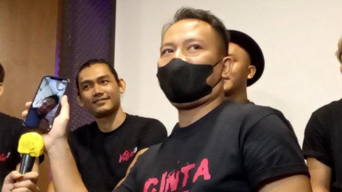 Vicky Prasetyo ketika ditemui di Grand Galaxy, Bekasi, Jawa Barat, Kamis (19/8/2021) malam. Ia menceritakan kondisi Kalina Oktarani dan janinnya yang melemah.
