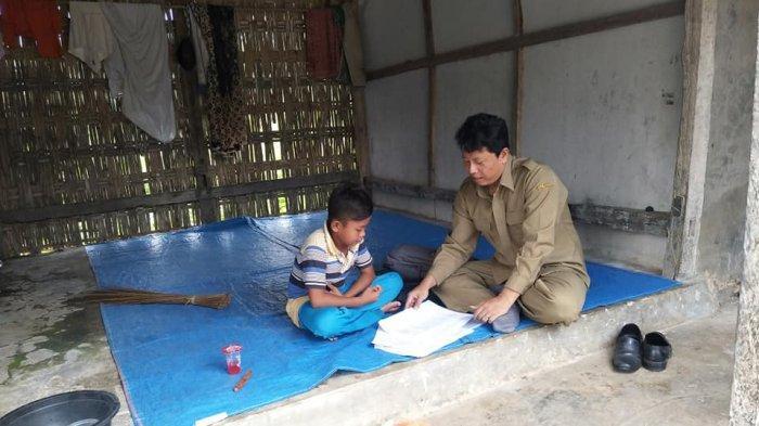Ketua IGI Apresiasi Semangat Guru Asal Sumenep yang Datangi Satu-satu Rumah Siswanya, Tapi. . .
