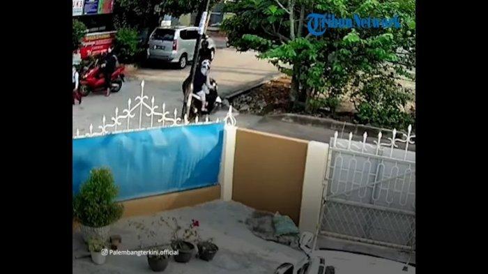 VIRAL Kakek di Palembang Diserang dengan Celurit, Ada Motif Asmara, Diduga Korban Salah Sasaran