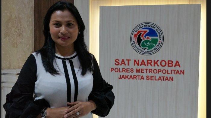 Kompol Vivick Tjangkung Resmi Sandang Gelar Doktor