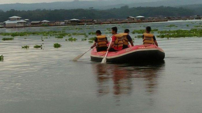 Perahu Tenggelam di Waduk Cirata, Lima Penumpang Hilang