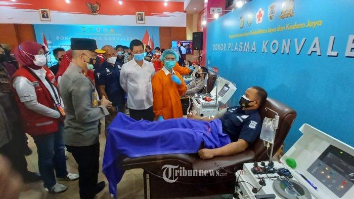Aksi Kemanusiaan, Penyintas Covid-19 Anggota Polda Metro Donor Plasama Konvalesen ke PMI