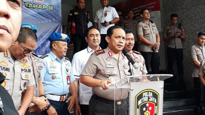 Wakapolri Komjen Gatot Eddy Pramono memberikan keterangan pada awak media, Selasa (11/2/?2020) di Mainhall Polda Metro Jaya usai memberikan pengarahan pada Satgas Antimafia Bola jilid III yang mulai bekerja sejak 1 Februari hingga 31 Agustus 2020.