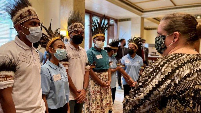 24 Pelajar Asal Papua Terima Beasiswa Kuliah di Universitas Rhode Island Amerika