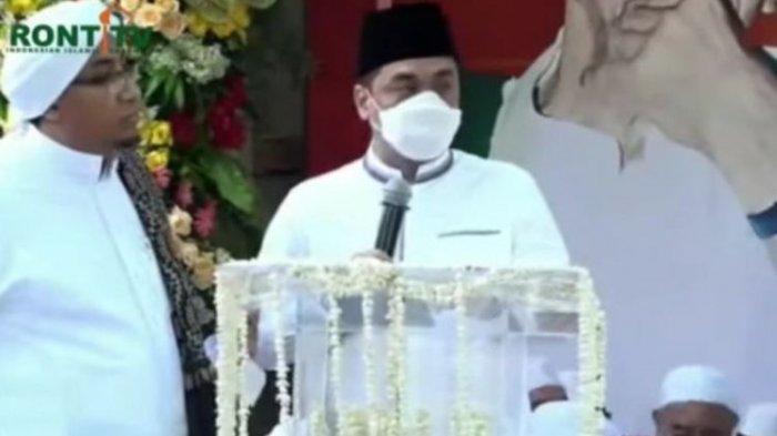 Wakil Gubernur DKI Jakarta Ahmad Riza Patria saat berpidato di acara peringatan Maulid Nabi Muhammad SAW di Tebet Jakarta Selatan.