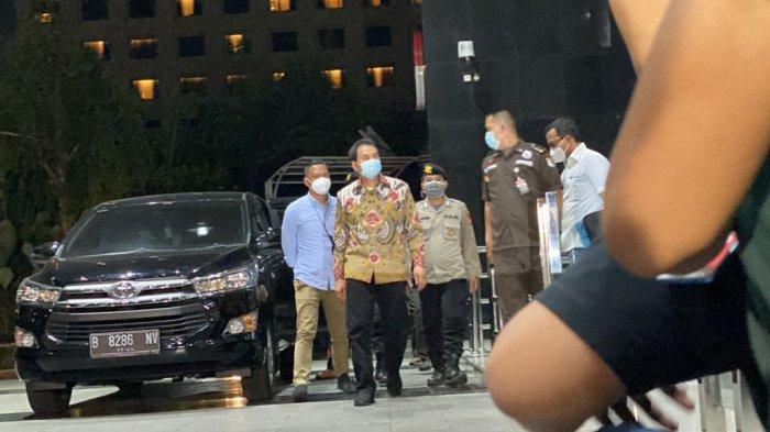 BREAKING NEWS: KPK Temukan Posisi Azis Syamsuddin