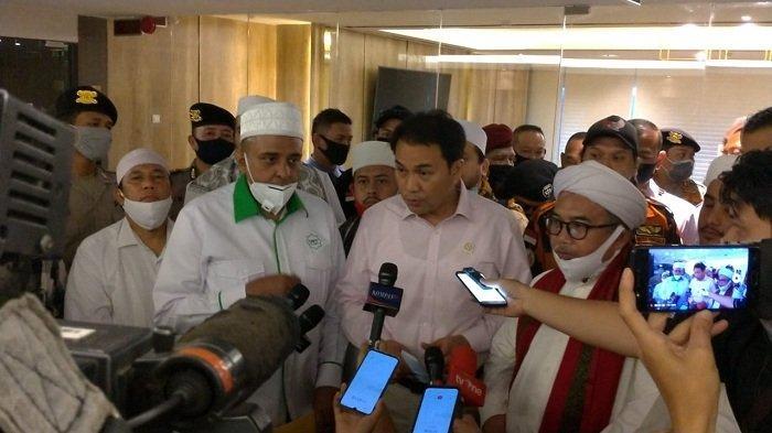 Wakil Ketua DPR Azis Syamsuddin usai menerima perwakilan massa yang melakukan aksi demonstrasi menolak RUU Haluan Ideologi Pancasila (HIP), Rabu (24/6/2020).