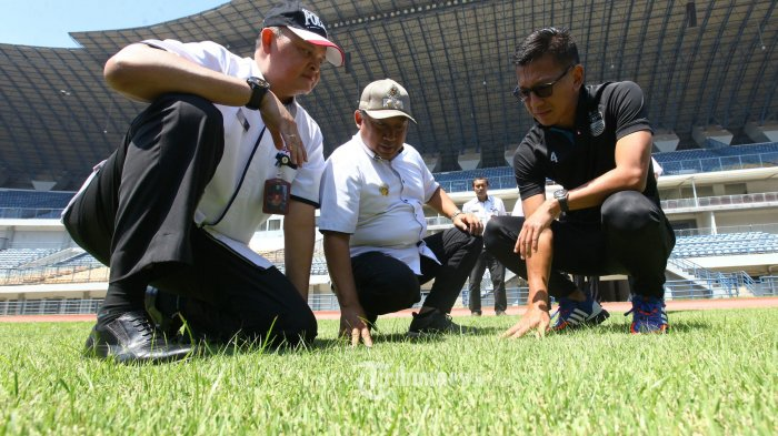 Beri Hastag #footballfantasy, Unggahan Bos Persib Kode Keras Datangnya Pemain Anyar?