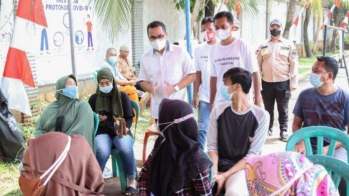 Wakil Wali Kota Tangsel Tinjau Vaksinasi Covid-19 di Perumahan Trevista Ciputat