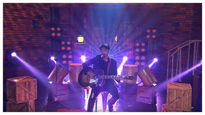 Chord dan Lirik Lagu Waktu Yang Salah - Fiersa Besari feat Thantri: Tolong Yakinkan Saja Raguku