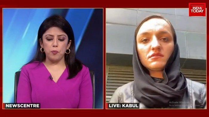 Wali kota wanita Afghanistan, Zarifa Ghafari, saat wawancara bersama India Today TV.