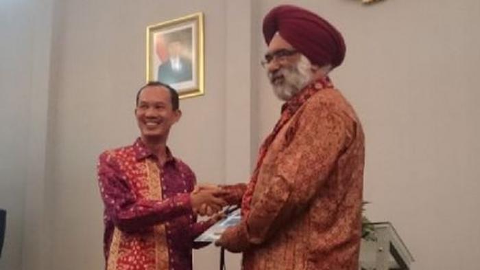 Wali Kota Palembang Tawarkan Pulau Kemaro dan Pulo Kerto Kepada 19 Dubes