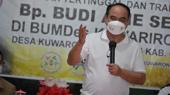 Wamendes Budi Arie: Desa Harus Maju karena Masa Depan Indonesia Ada di Desa