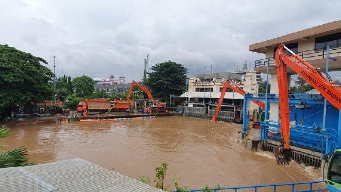 Kondisi Ketinggian Air di 13 Sungai di Jakarta Pagi Ini, Pintu Air Manggarai dan Angke Hulu Siaga 3