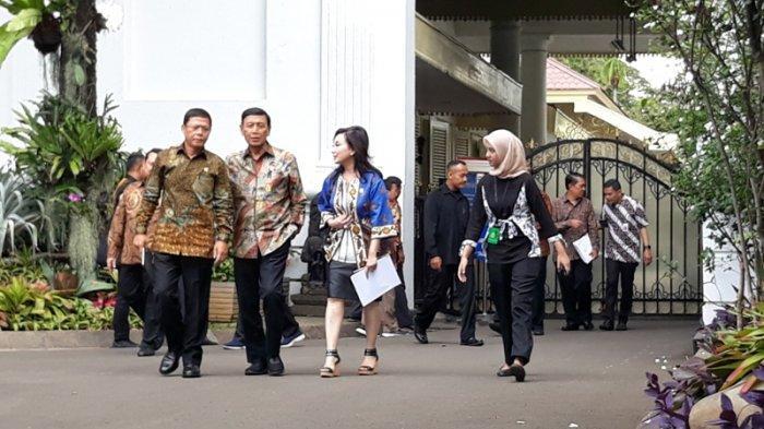 Temui Presiden Jokowi, Wantimpres Beri Masukan Soal Omnibus Law hingga KPK