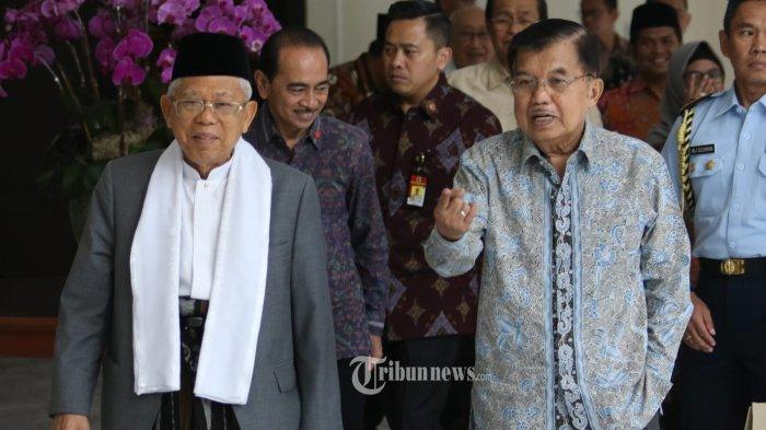 PERTEMUAN WAPRES DENGAN KH MARUF AMIN----Wakil Presiden Jusuf Kalla (kanan) bersama  Wakil Presiden terpilih KH Ma'ruf Amin (kiri) saat  pertemuan di Kantor Wapres, Gambir,  Jakarta Pusat, Kamis (4/7/2019). Dalam pertemuan itu, Wapres Jusuf Kalla memberikan informasi mengenai tugas, fasilitas serta masalah-masalah yang harus diselesaikan sebagai Wakil Presiden kepada KH Ma'ruf Amin yang akan menjabat mulai 20 Oktober 2019 mendatang.--Warta Kota/henry lopulalan