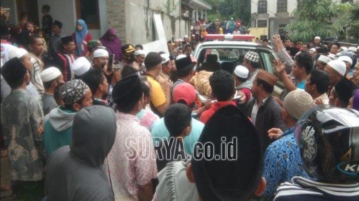 Tebing Longsor Timpa Pondok Pesantren Annidhamiya di Pamekasan, 3 Jasad Santriwati Masih Tertimbun