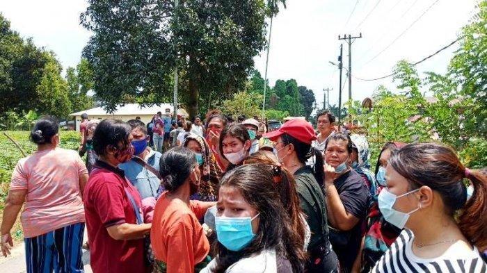Memfoto Penolakan Pemakaman Jenazah Covid-19 di Deliserdang, Seorang Jurnalis Babak Belur Dikeroyok