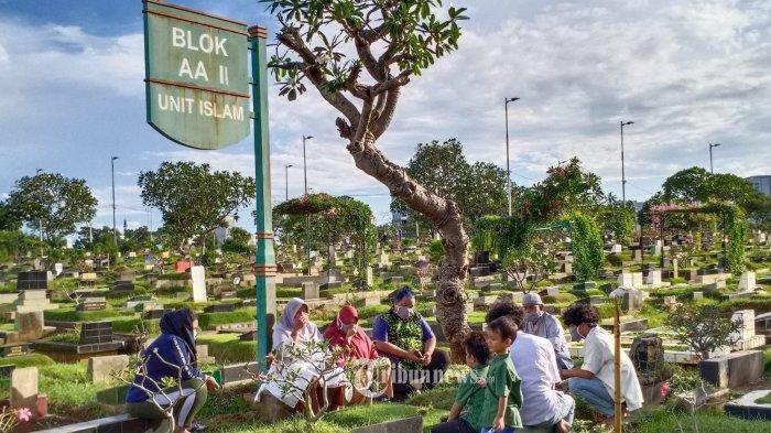 Warga Depok Tetap Diizinkan Ziarah Kubur di TPU, Syaratnya Terapkan Protokol Kesehatan Ketat