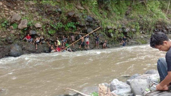 Pria di Empat Lawang Jatuh ke Jurang Setelah Dikejar Babi Hutan yang Diburunya