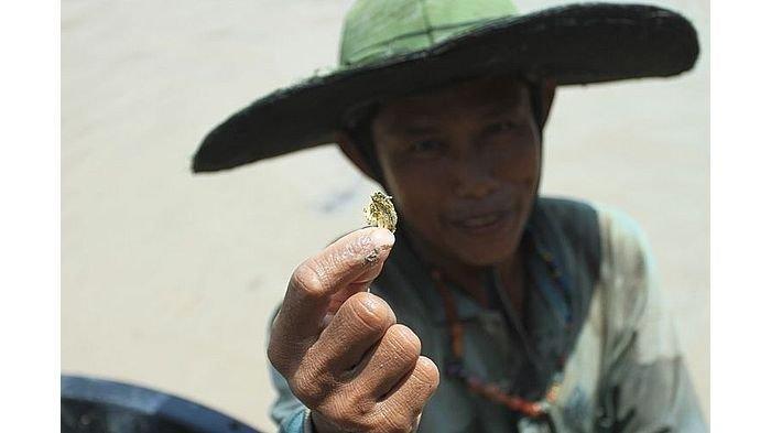 Polisi Sebut Harta Karun Kerajaan Sriwijaya Hoaks, Tapi Banyak Warga Mengaku Dapat Emas