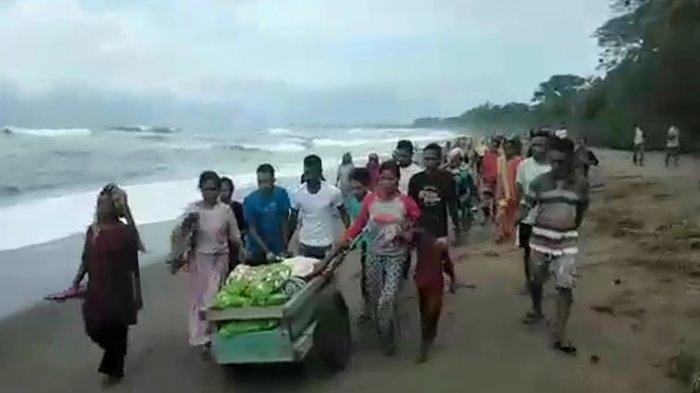 Kisah Warga di Seram Dievakuasi Menggunakan Gerobak, Melewati Pantai dan 4 Sungai Menuju Puskesmas
